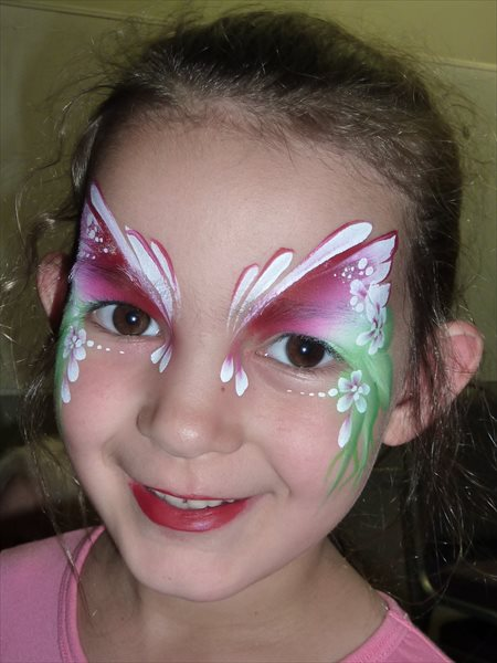 How To Use Split Cake Face Paint