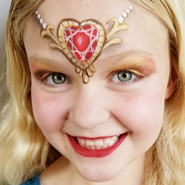 Heart crown for Princess face painting design by Acacia Clair Tanner using Diva stencil
