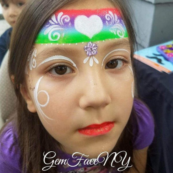 Heart crown face painting design by Gem Face using Diva stencil