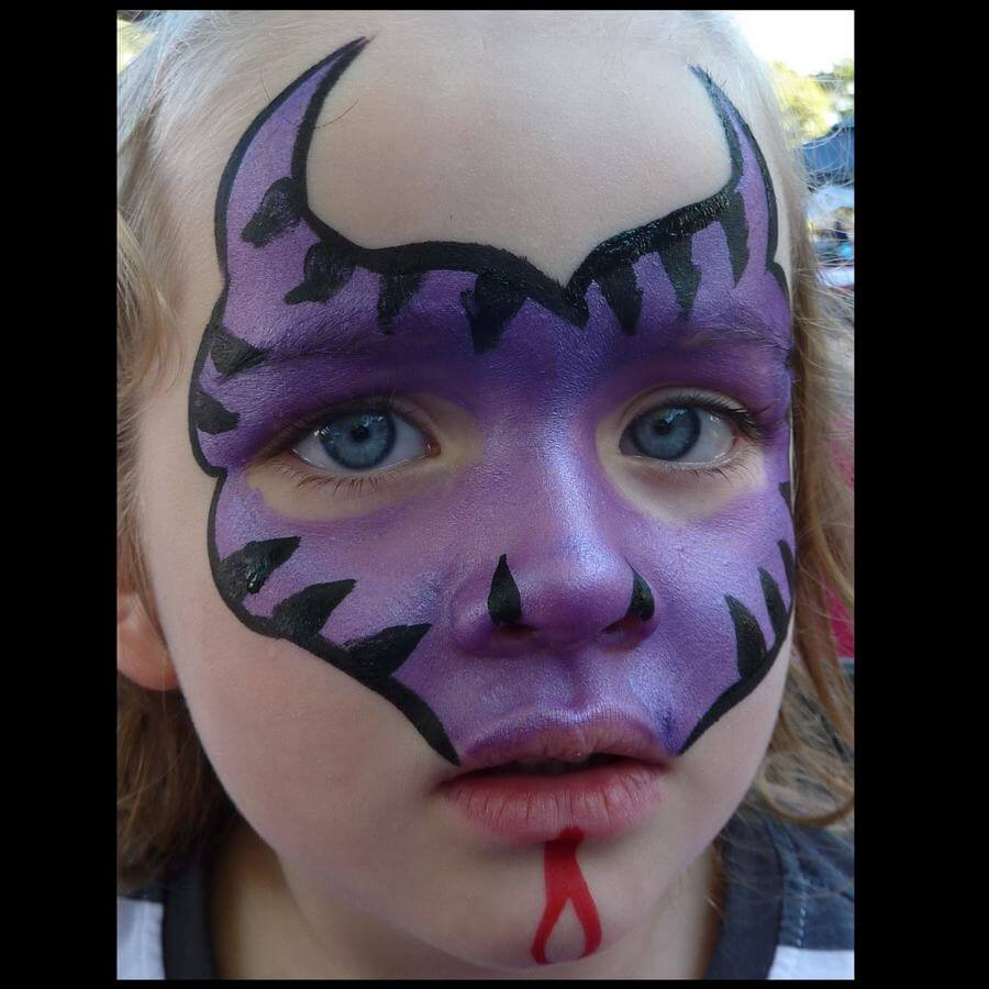 Dragon face painting using Flora brush for stripes and nostrils